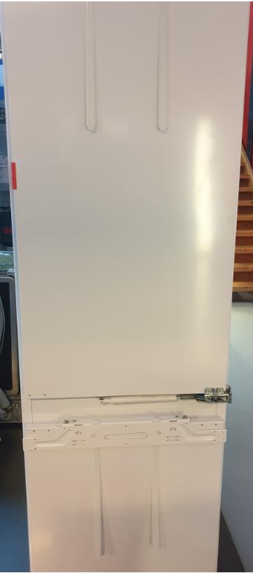 Miele Einbau-Kühlschrank K9759iDF-4
